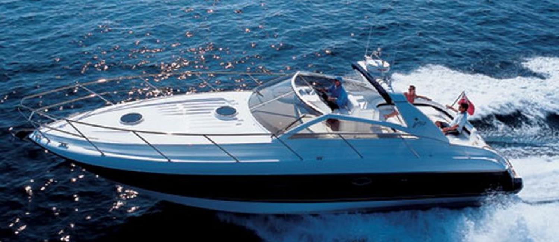 Location bateau Princess V42 avec skipper Ste Maxime
